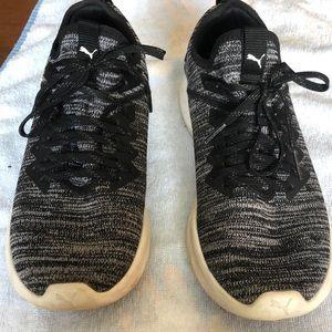 Puma Ignite EvoKnit Sneakers size 8.5